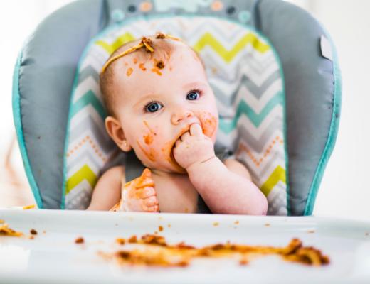 Czy słoiczki w diecie niemowlaka to zło